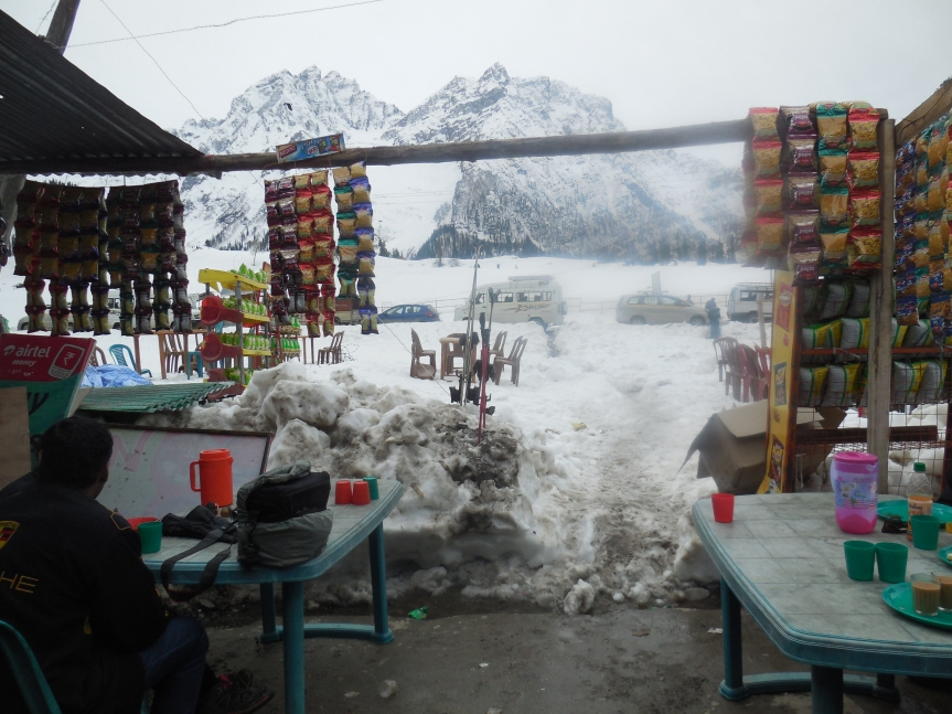 Sonmarg in snow