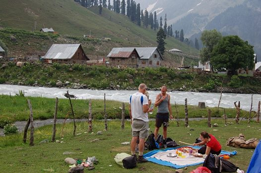 sonmarg-first-base-camp