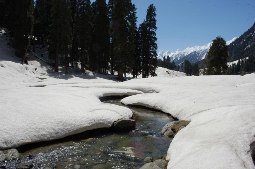 kashmir great lakes trekking itinerary