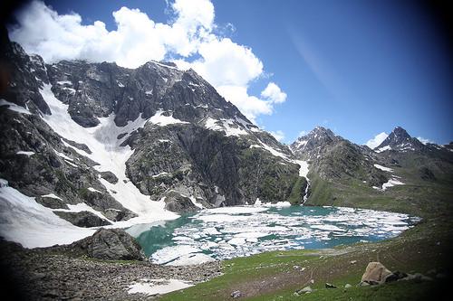 Kashmir High Altitude alpine lakes trek
